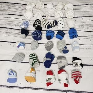 35 Pairs of Baby Sock Size 0 -12M